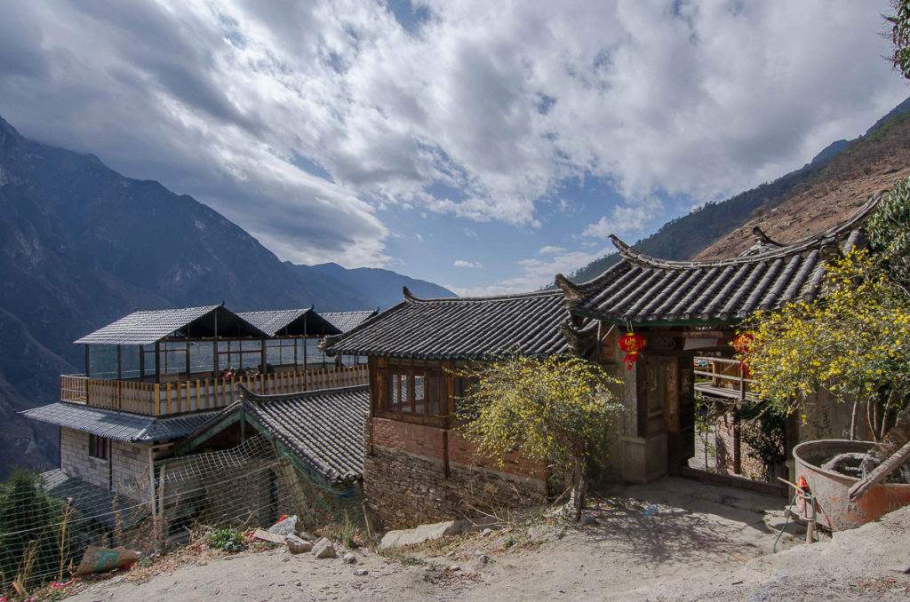 Chinese hostel on the trekking route